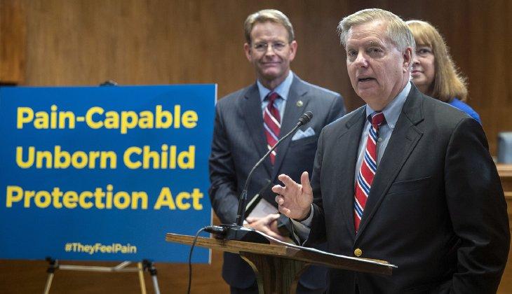 "Pastor Robert Jeffress: Senators Who Blocked Abortion Ban After 20 Weeks Are ""Barbaric"""